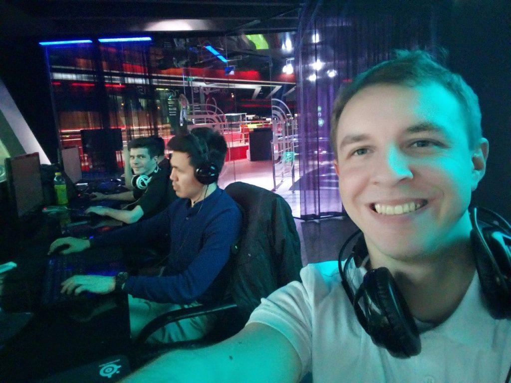 Counter Strike 1.6 моя история
